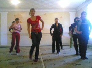 На занятии хореографией